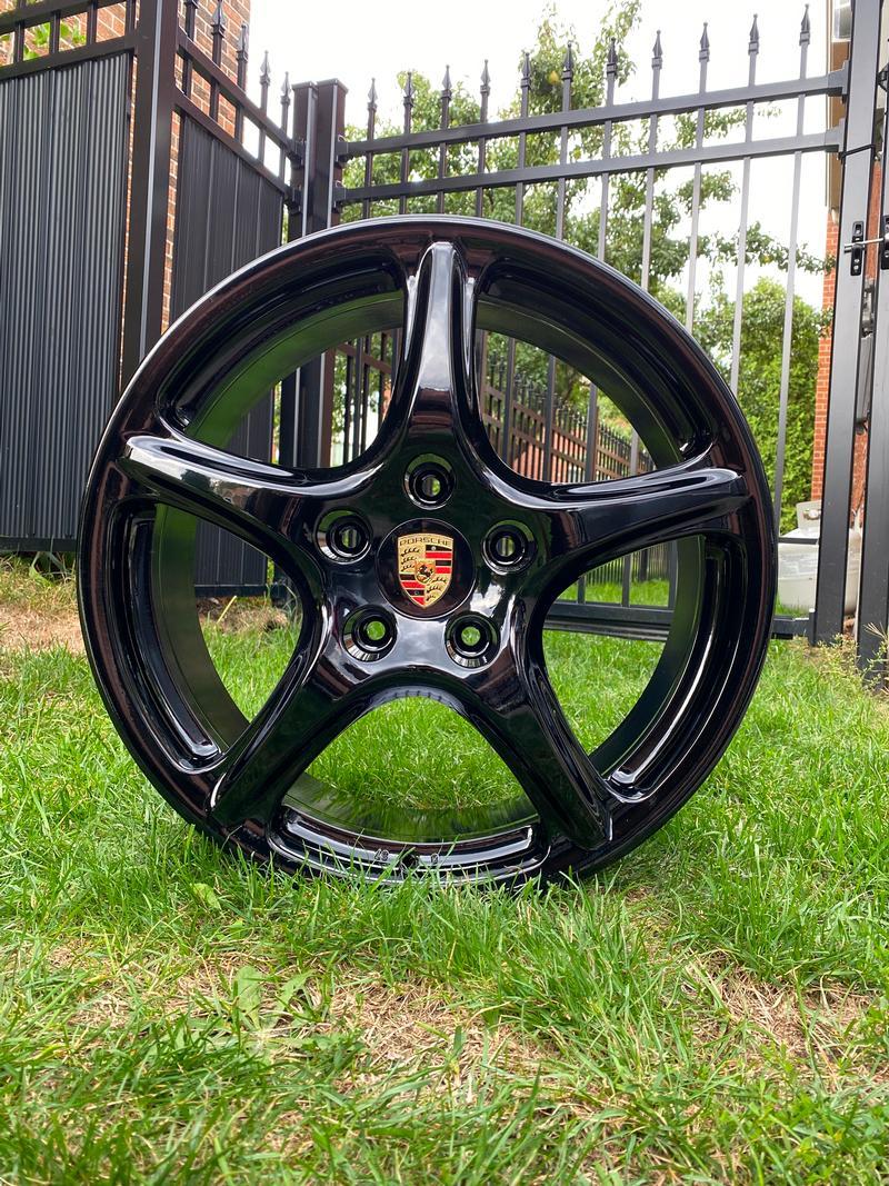 Porsche Club of America - The Mart - 911 Carrera Classics