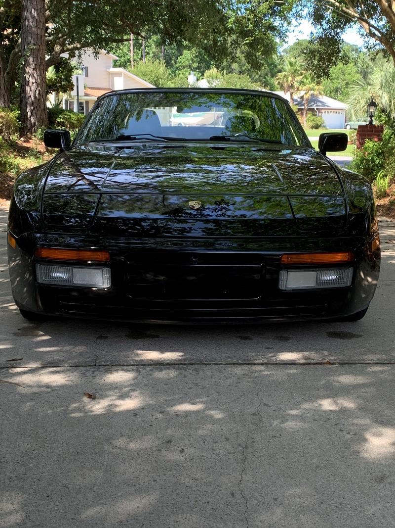 Porsche Club of America - The Mart - 1991 944 S2 Cabriolet
